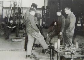 1975 - Bernhard Simon als Geselle mit seinen Arbeitskollegen