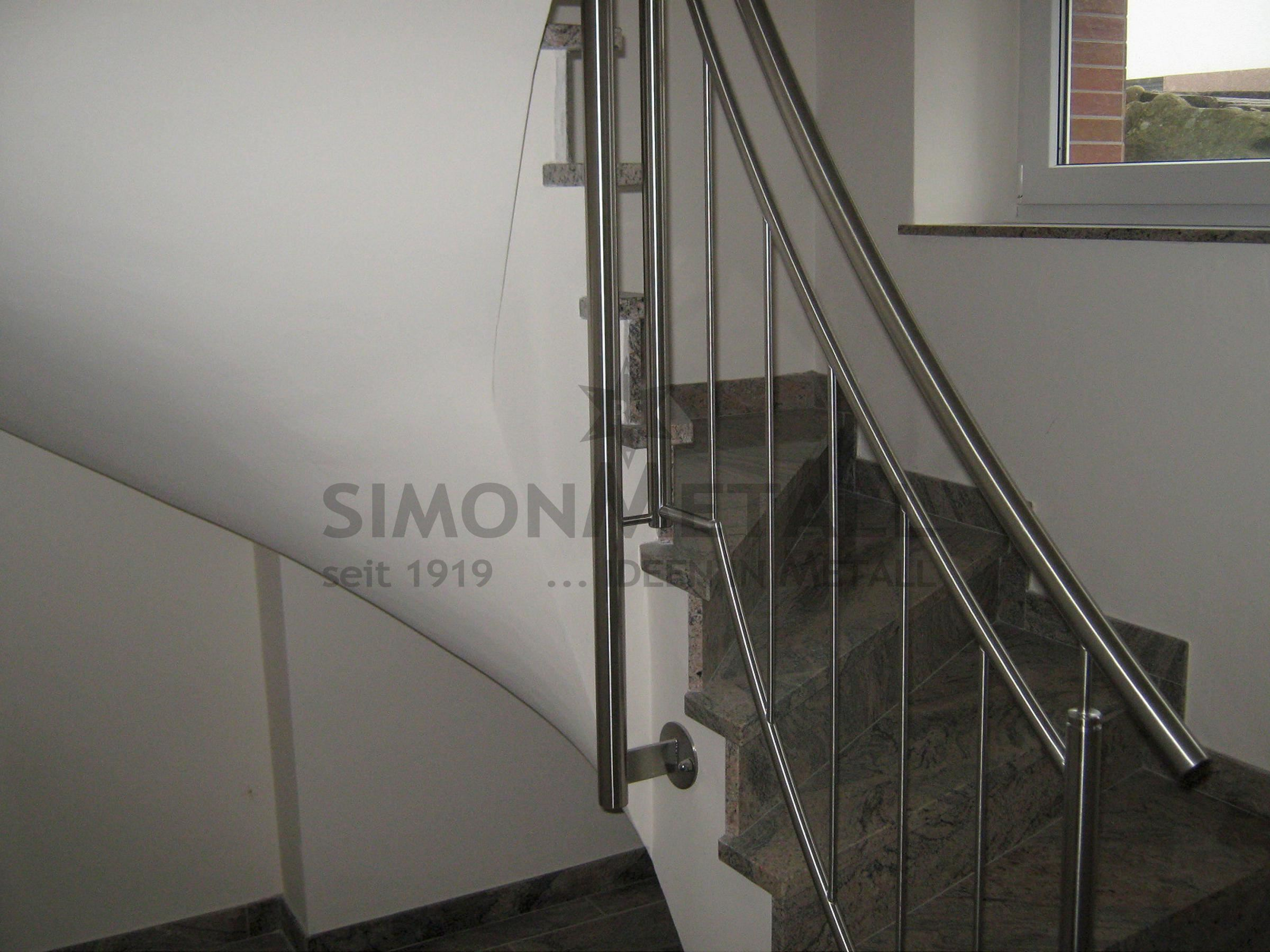 treppengel nder innen simonmetall gmbh co kg in tann rh n g nthers. Black Bedroom Furniture Sets. Home Design Ideas