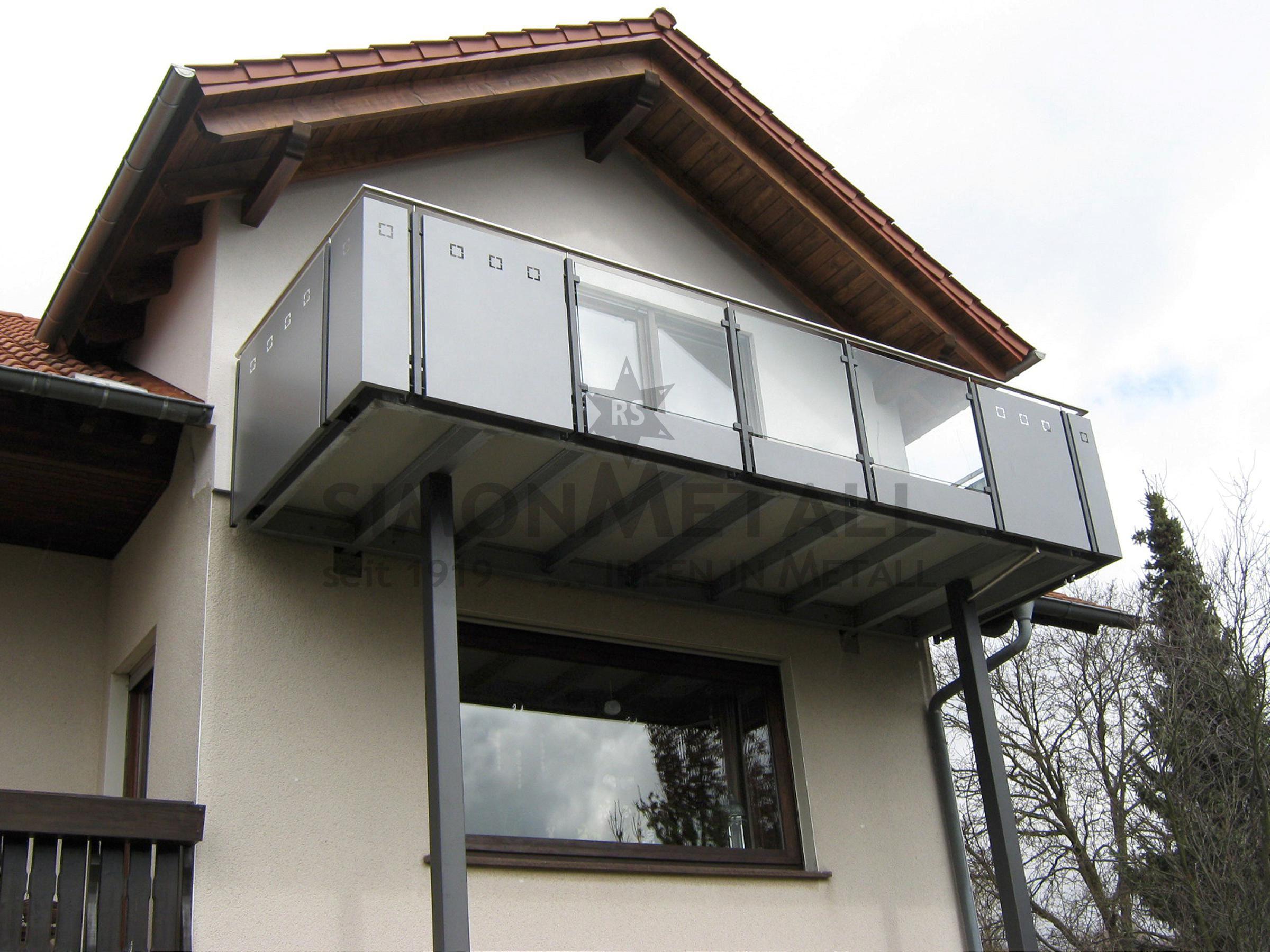 balkonanlagen simonmetall gmbh co kg in tann rh n. Black Bedroom Furniture Sets. Home Design Ideas
