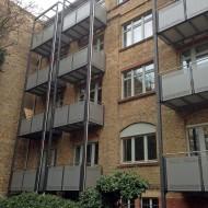 Alle Balkone sind nach 3 Tagen montiert.