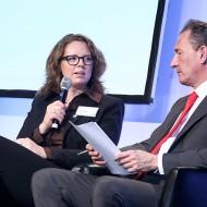 Yvonne Simon mit Moderator Dr. Norbert Lehmann (ZDF) - Quelle: Kathrin Jegen / ZWH