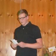 Marius Peter hat auch ein Gedicht als Zwischenspiel vorbereitet.